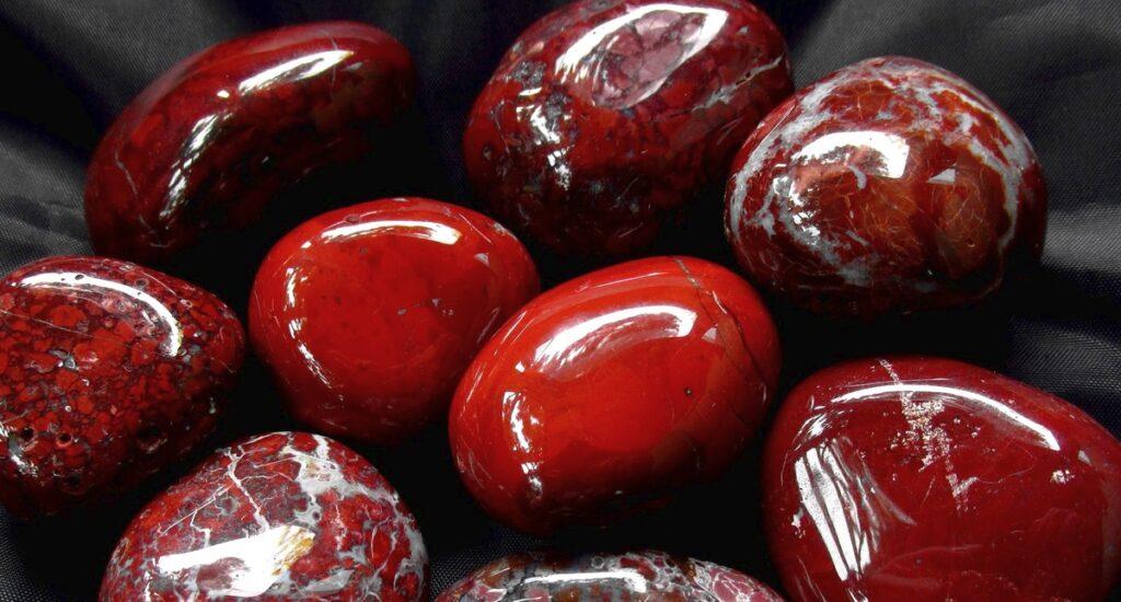 Czerwony jaspis | Amulet